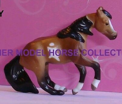 Breyer BAILEY 2016 Bay Pinto SLIDING STOP QH Surprise Series 2 Mini Whinnie