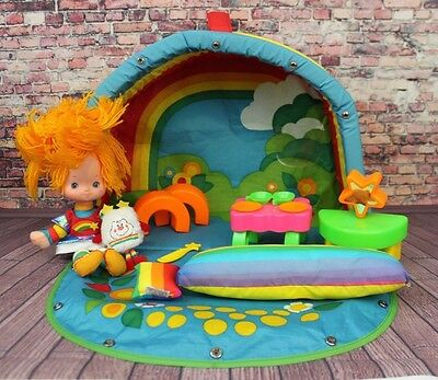 Vintage Rainbow Brite COLOR COTTAGE PLAY SET Doll Hallmark Cards Pillow Bed 1983