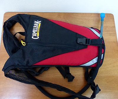 Camelbak Siren Hydration Pack, Red, with 50oz / 1.5L bladder, CLEAN and lightly