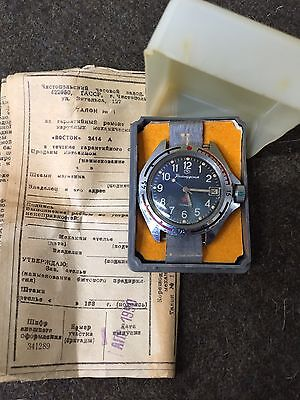 Societ Army Issue 17 Jewel Wristwatch In Original Box w/Owner's Manual