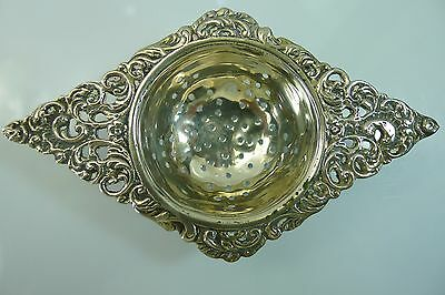 Beautiful Rare Old Solid 43 Grams Silver Tea Strainer In Good Condition