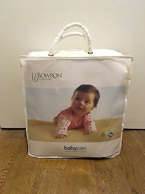 Bowron Natural Baby Sheepskin    ~  New With Tags And Storage Bag
