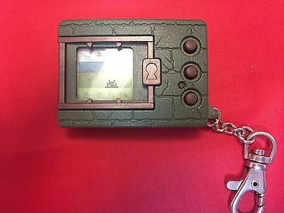 DIGIVICE DIGIMON ver1 green DEVICE BANDAI JAPAN USED with buttery