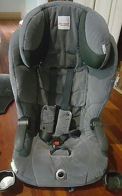 Maxi rider AHR midnight grey child car seat