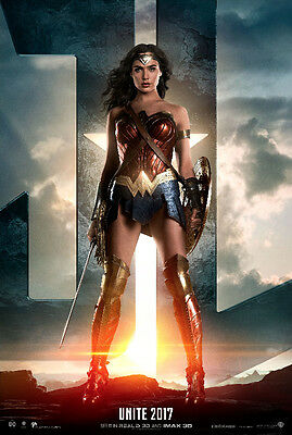 THE JUSTICE LEAGUE_WONDER_WOMAN_ 11x17 MINI MOVIE COLLECTIBLE POSTER