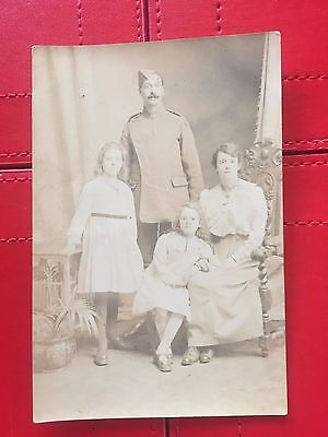 Vintage postcard World War One WW1 of French soldier with family