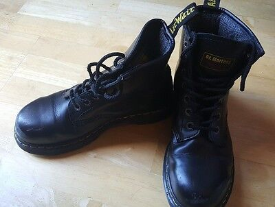 Black classic genuine dr martens AirWair boots uk size 6 steel toe
