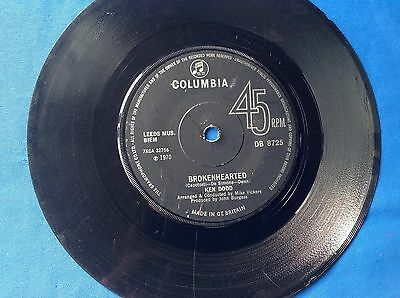 """7"""" 45Rpm Vinyl Record Ken Dodd """"Brokenhearted"""" And """"Maybe Because Of You"""""""