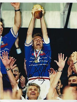 Didier Deschamps Hand Signed France World Cup Winning Photo 10*8