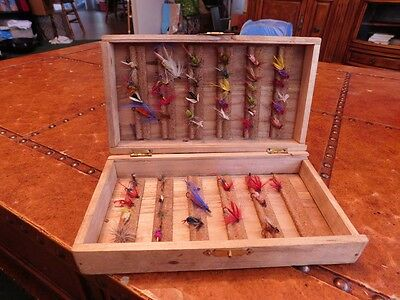 Old box of small lures - flys