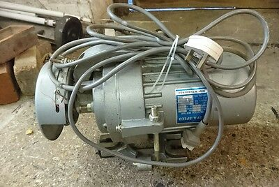 industrial clutch motor, single phase, 2850 rpm with switchbox. for many uses