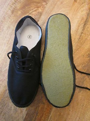 Adult Size 8 Plimsole's  Plimsoll's  Slippers Old Stock