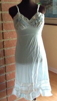 Vintage Nwt Top Form Lacy Nylon Full Slip--Size-34 Blue Accordian Pleat Lace