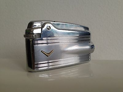 Ronson varaflame lighter R10 ~ Golden V body horizontal  lines spaces  chromed