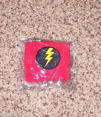 PEARL JAM - Red Lightning Bolt Europe Tour 2014 Wristband - RARE amsterdam WOW