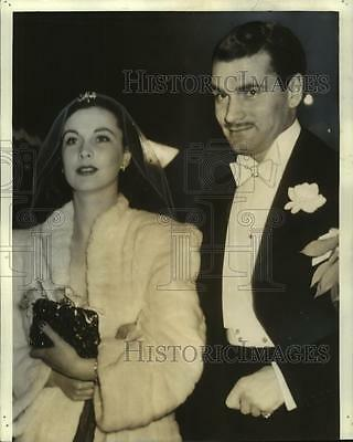 1940 Press Photo Actors Vivien Leigh and Laurence Oliver At a Hollywood Premiere