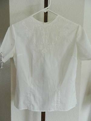 Vtg 40's 50's white embroidered floral back button fitted blouse