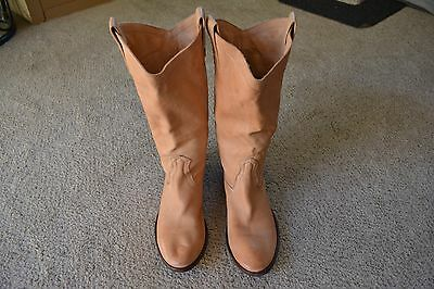 FRYE Carson Boots Tan Pull-On Leather Western Women's 9 Lug Riding