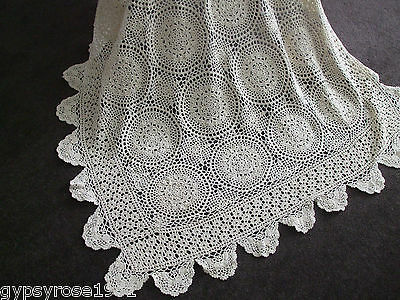 Vintage Crochet Tablecloth. (Hand Done) (T/B 5)