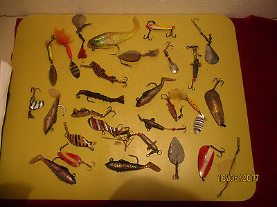 Out Of A Shed-Fishing Lures X 30