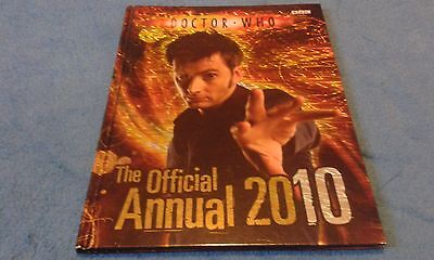 Doctor Who, The Official Annual 2010, Bbc Children's Books.