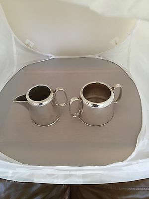 Lovely Silver Plated Hotel Ware Milk Jug And Sugar Bowl (Spm&s 770)