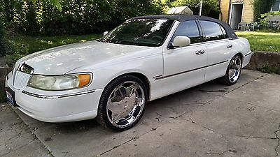 1999 Lincoln Town Car Signature Collection 1999 lincoln town car Sleeper
