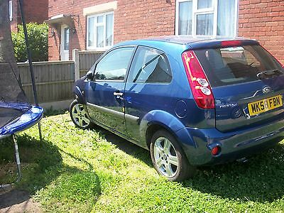 FORD FIESTA MK6 2008 l3 DOOR BREAKING FOR PARTS WHEEL BOLT ONLY 2002 to2008