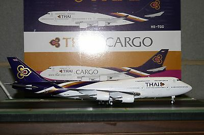 JC Wings 1:200 Thai Airways Boeing 747-400 HS-TGG (XX2410) Die-Cast Model Plane