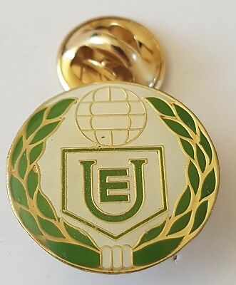 Football pin badge Deportivo AELU (Peru)