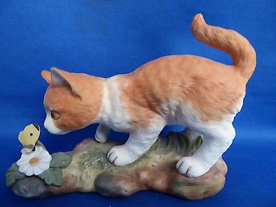 Royal Osborne Figurine Cat with Butterfly