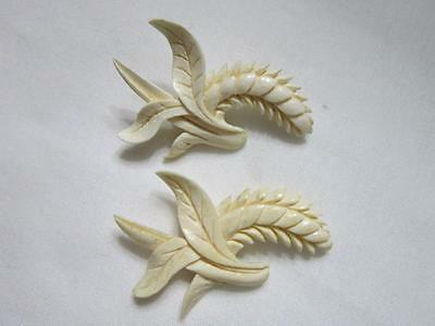 Vintage Pair Carved Hawaiian Leafs And Fern Pins