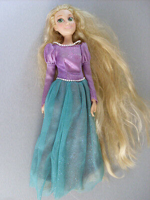 DISNEY STORE TANGLED  RAPUNZEL 12 in DOLL