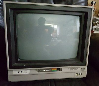 Vintage Commodore 1702 Monitor  Excellent Condition - Tested and Working!