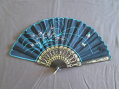 Vintage Embroidered Spanish Folding Plastic Hand Fan     G12