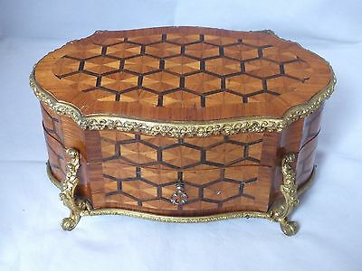 Antique 19th Century French Kingwood Marquetry Inlaid Table Box / Casket + Key