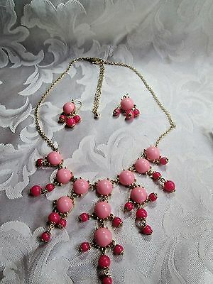 Fashion Bib Necklace Matching Earrings -1 Bead Missing-Project To Find A Bead