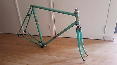 1960's BIANCHI SPECIALISSIMA 54  CAMPAGNOLO Record Vintage frame cadre fork