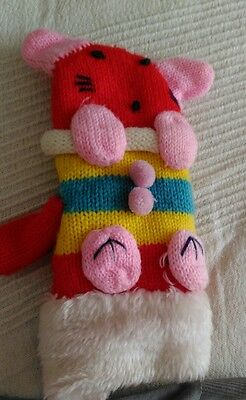 Baby gloves Handmade For Most Happiness By Parents Waving Hands