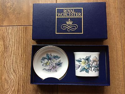 Royal Worcester Pretty Floral Toothpick Holder and Under Plate Set in Boxed