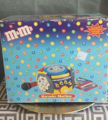 M&M 's Candy Karaoke machine / Microphone, Sing along Tape, Instructions New