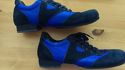 mens dance practice shoes / trainers black and blue size 8