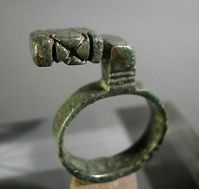 RARE AND CHOICE ANCIENT ROMAN BRONZE KEY RING - C. 1/2nd Cent. A.D.