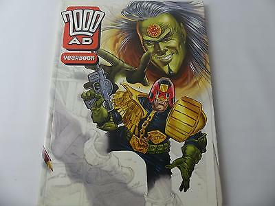(ref200) Vintage Comic Book 2000AD Year Book 1994