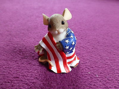 Collectable Charming Tails 'wrapped In Pride' 89/139 Mouse Ornament