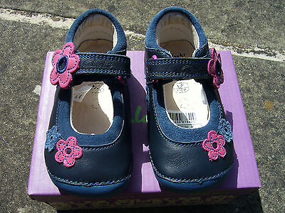 NEW Clarks baby girl's Little Candy navy leather shoes - Size 4.5F, BNIB