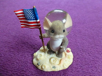 Collectable Charming Tails 'you're Out Of This World' 89/165 Mouse Ornament