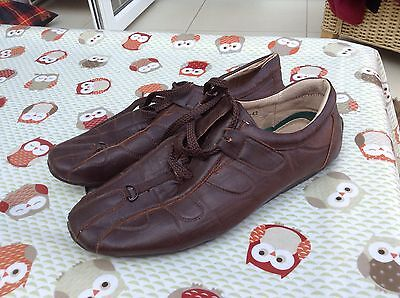 Men's Brown Leather Shoes Size 7