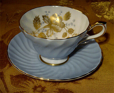Aynsley Swirled Pale Blue Tea Cup & Saucer Set (S) Gold Flowers And Leaves