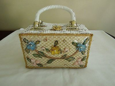 Vintage White Woven Wicker Box Purse With Flower Shells 1950's 60's Hong Kong
